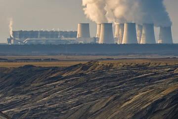Jänschwalde: Vom klimaschädlichen Tagebau zum umweltfreundlichen Solarpark