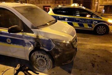 Köln: 17-Jährige festgenommen: Sie soll in Köln zwei Polizeiautos angezündet haben