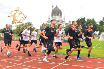 Trainingsstart beim HC Elbflorenz: Coach Göde schickt seine Männer auf die Tartanbahn!