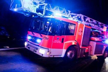 Anwohner sollen Fenster und Türen geschlossen halten: Brand auf Recyclinghof in Dorndorf