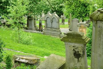 Sexueller Übergriff auf Südfriedhof: Frau liefert detaillierte Täterbeschreibung