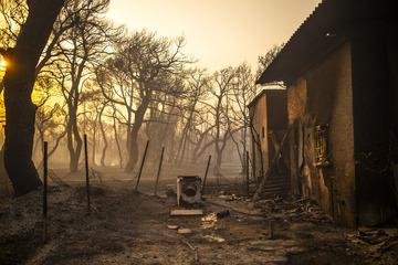 """""""Es ist die Hölle"""": Gewaltige Hitzewelle lässt Europas Urlaubsparadiese brennen"""