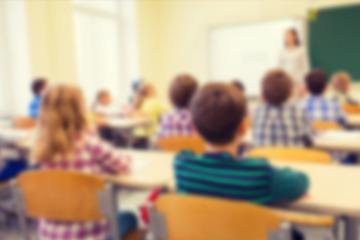 Sexualunterricht traumatisiert Sechs- bis Zehnjährige: Lehrerin schockt mit Puppe und Fingern!