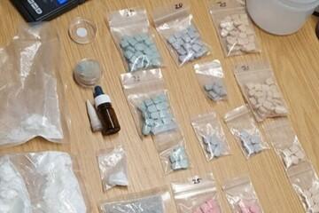 Köln: Drogen-Fund: Als Polizisten 31-Jährigen festnehmen wollen, wird es irre