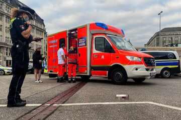 Hamburg: 18-Jähriger sticht Bekanntem bei Streit in den Hals und flüchtet
