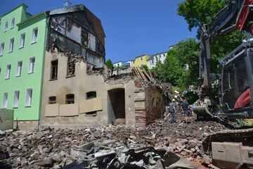 Einsturzgefahr! Flammenhaus im Vogtland musste sofort abgerissen werden