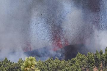 Heftige Explosion! Vulkan bricht auf Kanareninsel aus