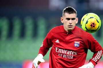 Ex-Bundesliga-Keeper Julian Pollersbeck verrät, welcher Mitspieler ihn bei Olympique Lyon besonders beeindruckt