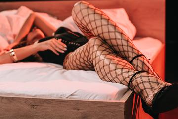 Prostituierte gibt Kunden vermeintliches Potenzmittel: Dann wird es für ihn teuer