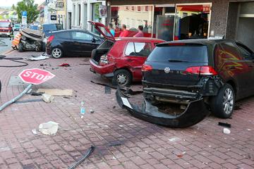 Schrecklicher Unfall oder Mord? Mutter und Tochter sterben, Fahrer kann sich an nichts erinnern
