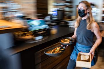 Ab Donnerstag: Im Restaurant könnt Ihr auf Masken verzichten, wenn...
