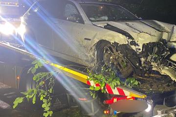 Polizei findet herrenloses Auto und sucht mit Wärmebildkamera nach dem Opfer