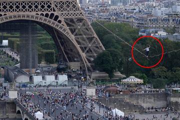 670 Meter! Akrobat marschiert über Drahtseil vom Eiffelturm zu anderem Gebäude