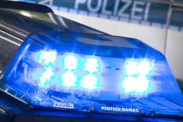 Polizei fahndet mit Phantombild: 21-Jährige in Dresden begrapscht