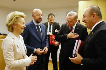 Von der Leyen ringt um Umgang mit Erdogan