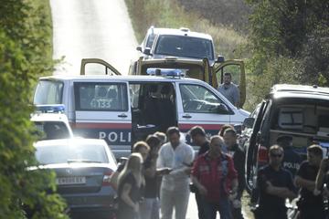 Zwei tote Flüchtlinge in Kleinbus in Österreich entdeckt