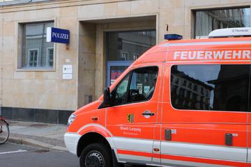 Leipzig: Leipzig: Weißes Pulver löst Feuerwehr-Einsatz in Polizeirevier aus!