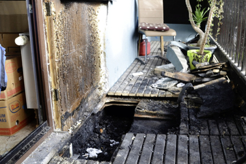 Brand in Sachsen: Balkon fängt Feuer, 5000 Euro Schaden