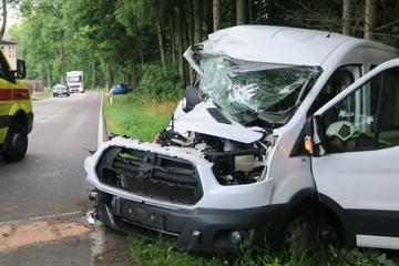 Schwerer Unfall im Erzgebirge: Fahrerin im Krankenhaus