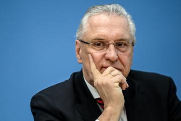 Nach schweren Unwettern: Herrmann will Anzahl der Sirenen verdoppeln