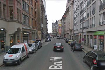 Leipzig: Schwerer Raub am Brühl: Mann flieht mit Bargeld, Polizei sucht Zeugen