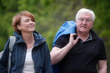 Bundespräsident Steinmeier startet seine Wandertour durch Deutschland