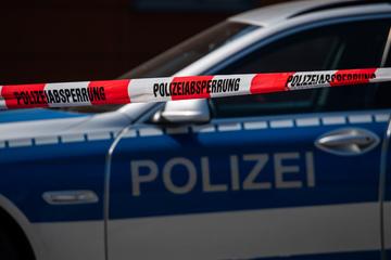 187 Polizeieinsätze in nur acht Stunden: 18-Jähriger durch Stiche und Tritte schwer verletzt