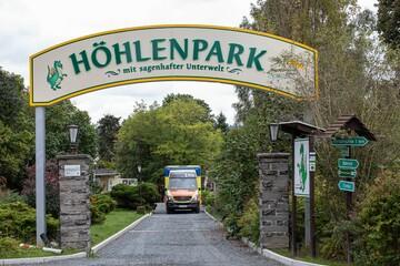 Vogtland: Touristin fällt in Drachenhöhle in Ohnmacht