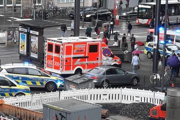 Köln: Messerstecher am Kölner Neumarkt: Opfer lebensgefährlich verwundet!