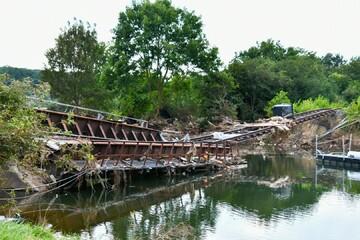 Nach Flut-Katastrophe: Beschädigte Brücke bei Euskirchen wird gesprengt