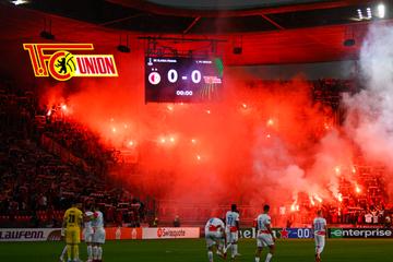 3000 Union-Fans mit Hammer-Pyroshow beim Europapokal-Spiel gegen Slavia Prag