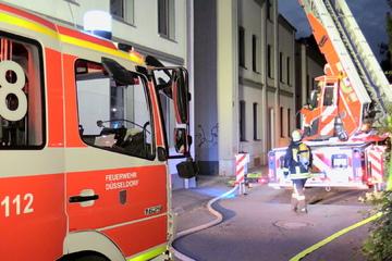 Köln: Zwei Verletzte bei Brand in Düsseldorfer Mehrfamilienhaus