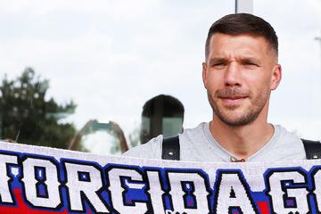 Coronavirus: Lukas Podolski fühlt sich nach Infektion geschwächt