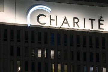 Dritter Corona-Piks: Charité-Mitarbeiter bekommen Auffrischimpfung