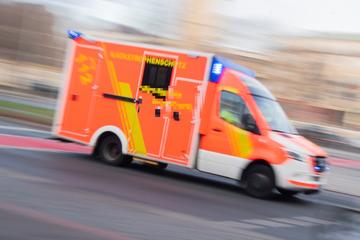 Hebamme kam zu spät: Baby kommt im Krankenwagen zur Welt