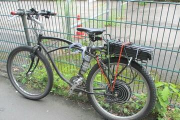 Marke Eigenbau: Polizei stoppt Radler auf selbst getuntem Fahrrad