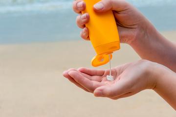 Hoher Schutz: Diese Sonnencremes schneiden im Test richtig gut ab