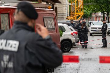 München: Schüsse in München: Frau schwer verletzt, Tatverdächtiger tot