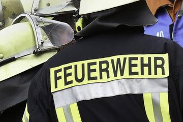 Mann (59) löst mit Feuerlöscher Brand in Mehrfamilienhaus aus: Drei Personen verletzt
