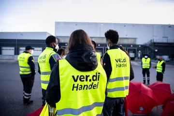 Auch Köln, Bonn und Düsseldorf: Verdi kündigt für heute Warnstreiks im NRW-Einzelhandel an