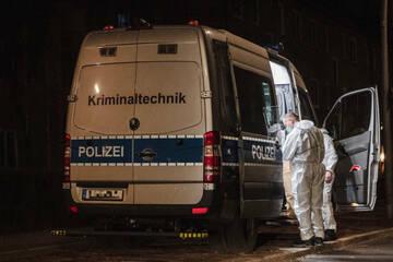 Berlin: Mordkommission ermittelt: Frau (71) tot in Treppenhaus gefunden