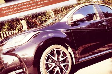 Innerhalb eines Jahres! Zweite Rückruf-Aktion für Toyotas Hybrid-Wagen