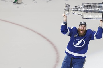 Stanley Cup Final: Lightning strikes twice as Tampa wins second-straight cup!