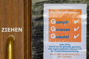 Corona in Bayern: Zahlreiche Verstöße gegen 3G in Gaststätten
