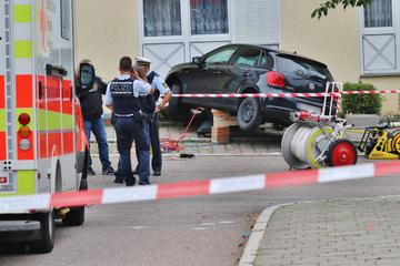 Wollte ein VW-Fahrer Frauen und Kind (2) willentlich töten? Mord-Ermittlungen laufen