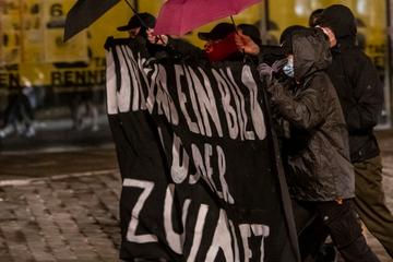 """Chemnitz: Spontandemo in Chemnitz: """"Wir sind ein Bild aus der Zukunft"""""""