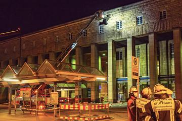 Stuttgart: Bagian bangunan dari stasiun utama Stuttgart runtuh: polisi memblokir area