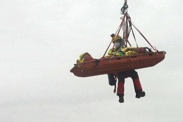 Betonpumpe trifft Bauarbeiter am Kopf: 25-Jähriger aus Baugrube gerettet