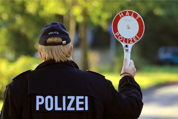 Mann beim Einschleusen von drei Mädchen in Weil am Rhein ertappt