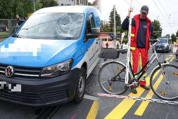 Radfahrerin nach Unfall schwer verletzt: Zeugen gesucht!